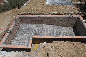 Строительство бассейнов в Тюмени - в процессе